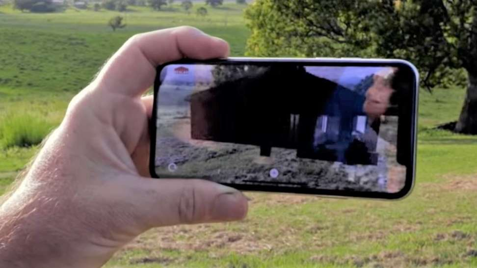 Realar is a 3D AR visualisation application.